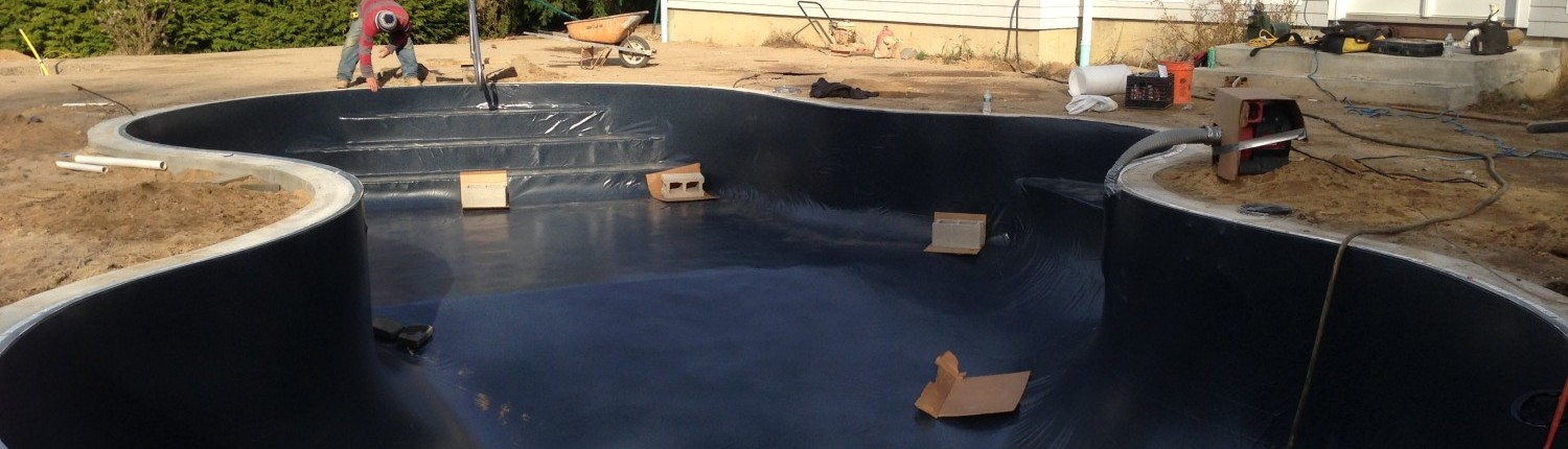 Vinyl liner installation by Patricks Pools