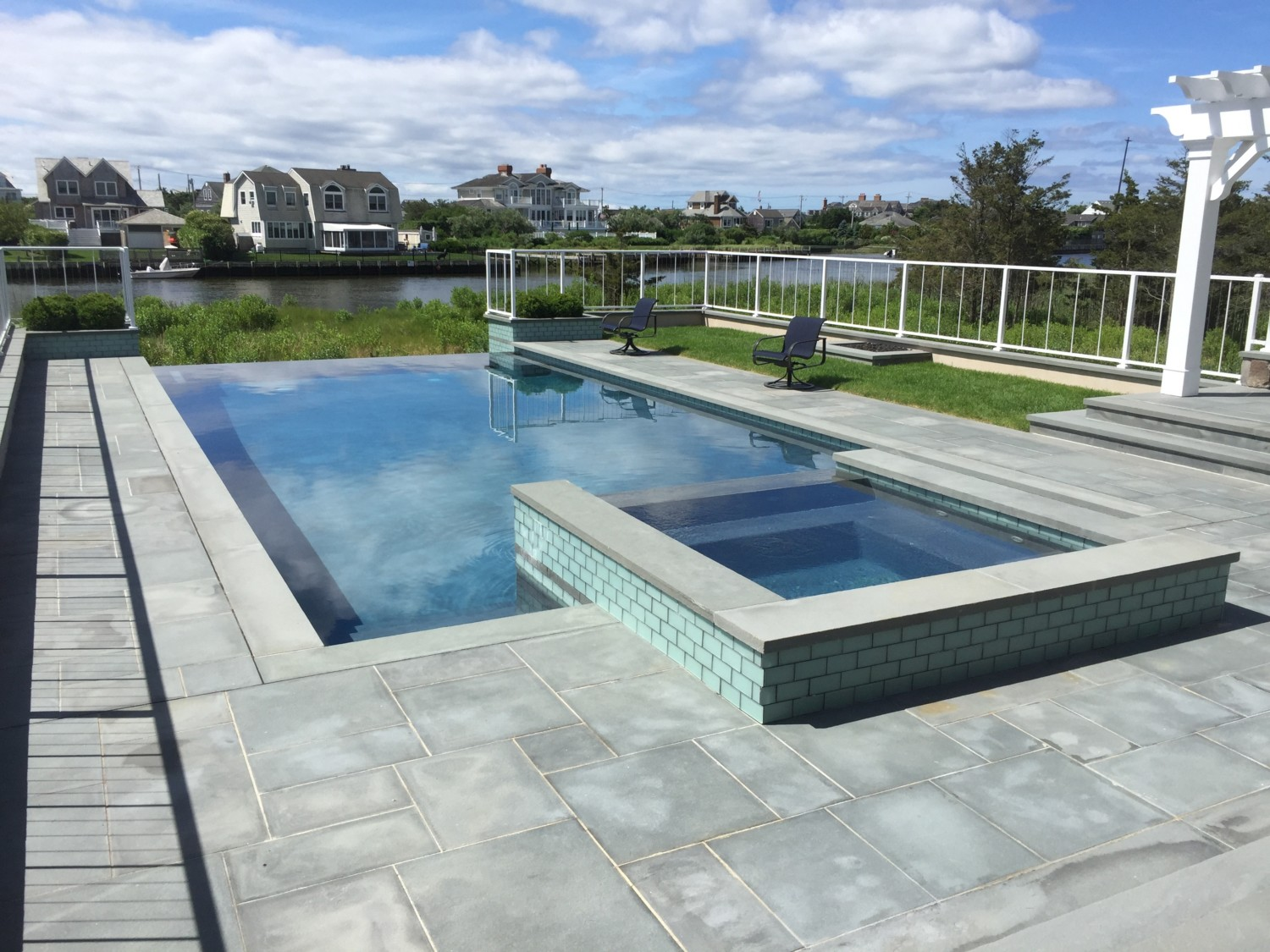 Spillover Spa Amp Negative Edge In East Quogue Patricks